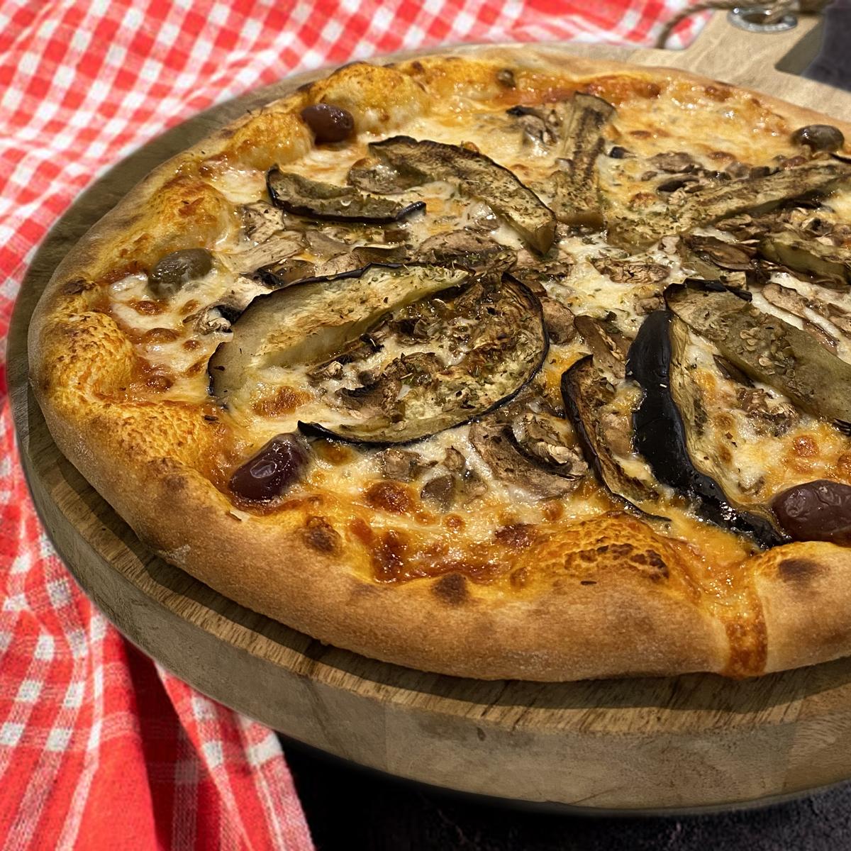 Pizza aubergine à Grasse