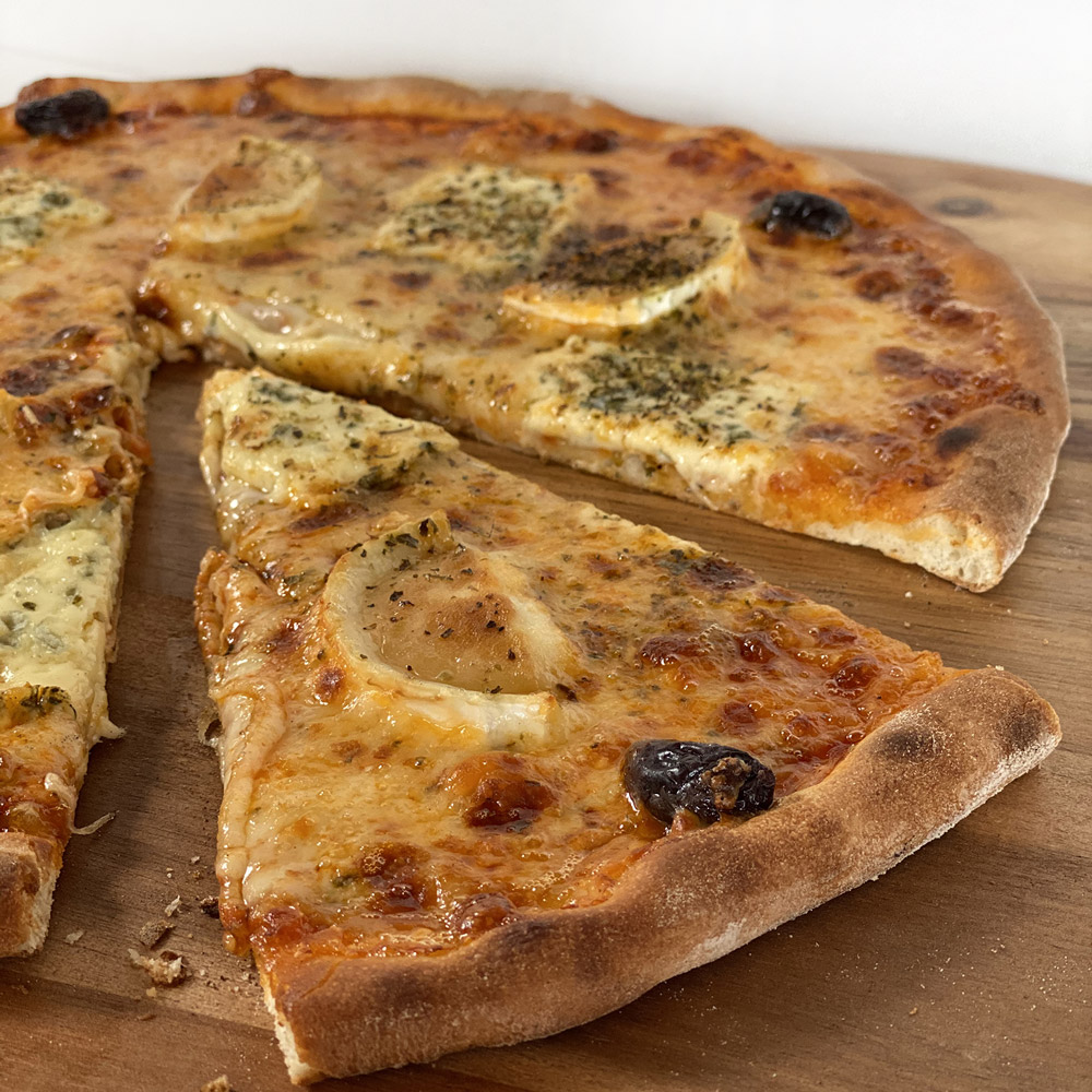 Pizza 4 fromages Casa Nostra Grasse